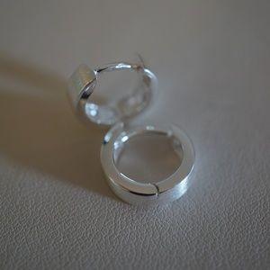 .925 Sterling Silver Hinged Flat Hoop Earrings